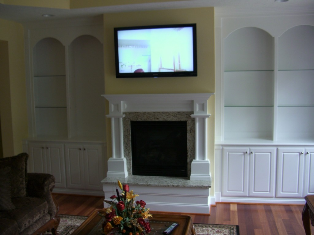 Entertainment Centers, Custom Built-Ins and Display Cases ...